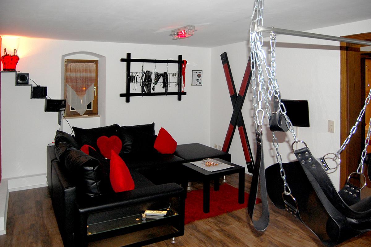 erotiknest_couch_slingmatte